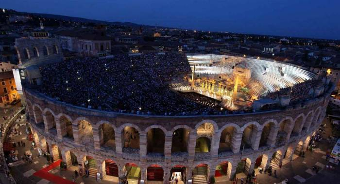 Your relais in Verona for the program of the Arena Opera Festival 2017