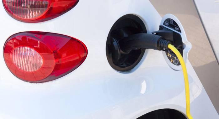 Otto Ducati d'Oro: nuova stazione di ricarica per auto elettriche