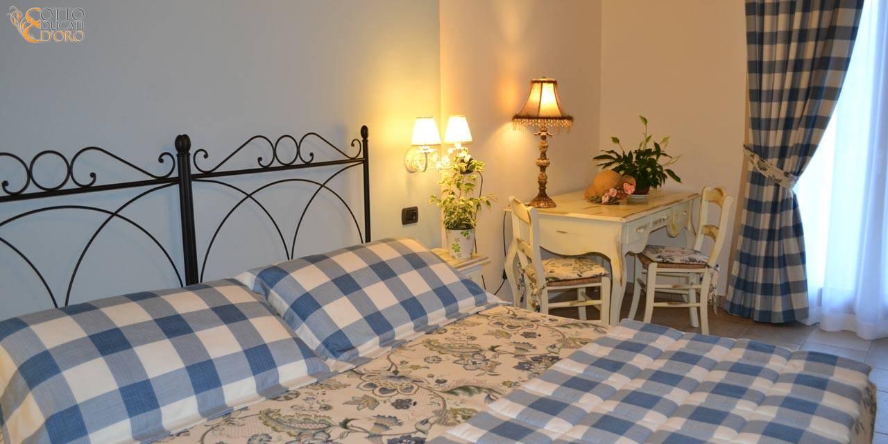 Agriturismo b&b a Verona e dintorni con camera attrezzata con scrivania e connession internet inclusa