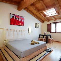 Okome: large Japanese-style room